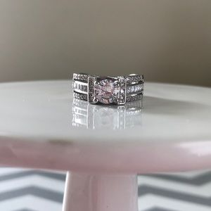 ❤️SALE❤️NEW 925S engagement style ring- sz 6